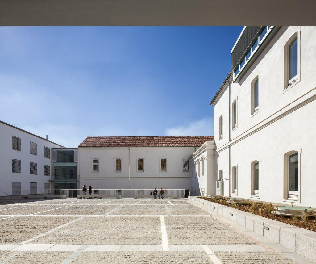 Rehabilitación del Antiguo Hospital del Campo del Príncipe para Escuela de Arquitectura de Granada. Víctor López Cotelo