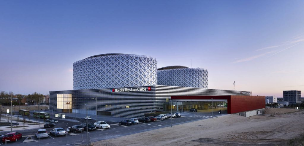 Hospital de Móstoles. Rafael de la-Hoz arquitectos