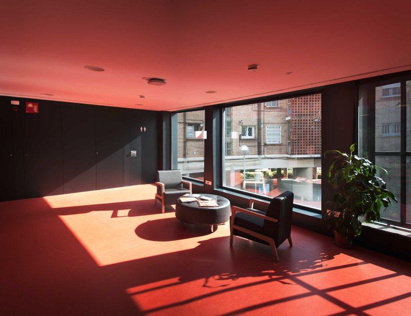 Interior de Centro Cívico Can Clariana Cultural-BCQ Arquitectes