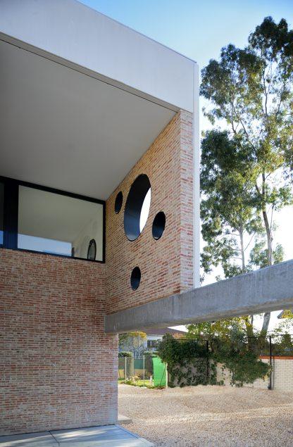 Exterior de IA House de equipo L2G arquitectos | Foto de Raúl del Valle