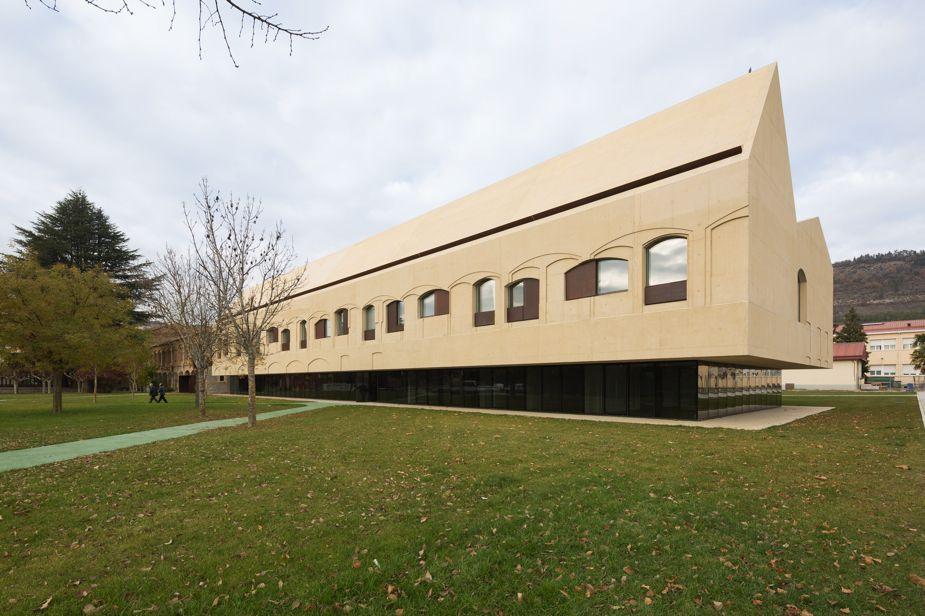 Exterior de centro psiquiátrico en Pamplona