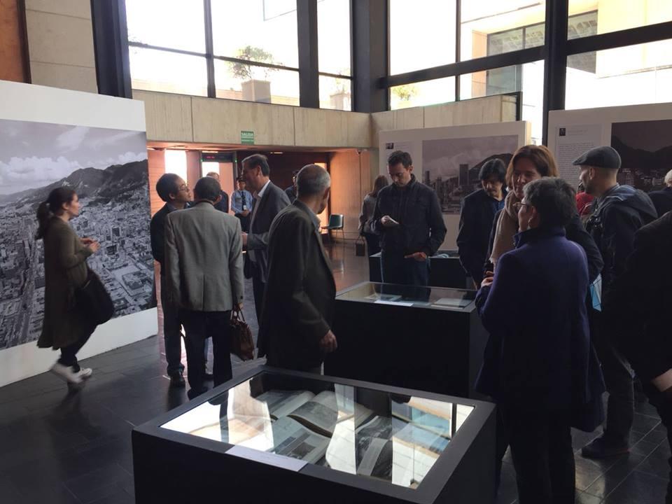 "Exposición ""Bogotá en la mirada de 10 fotógrafos"""