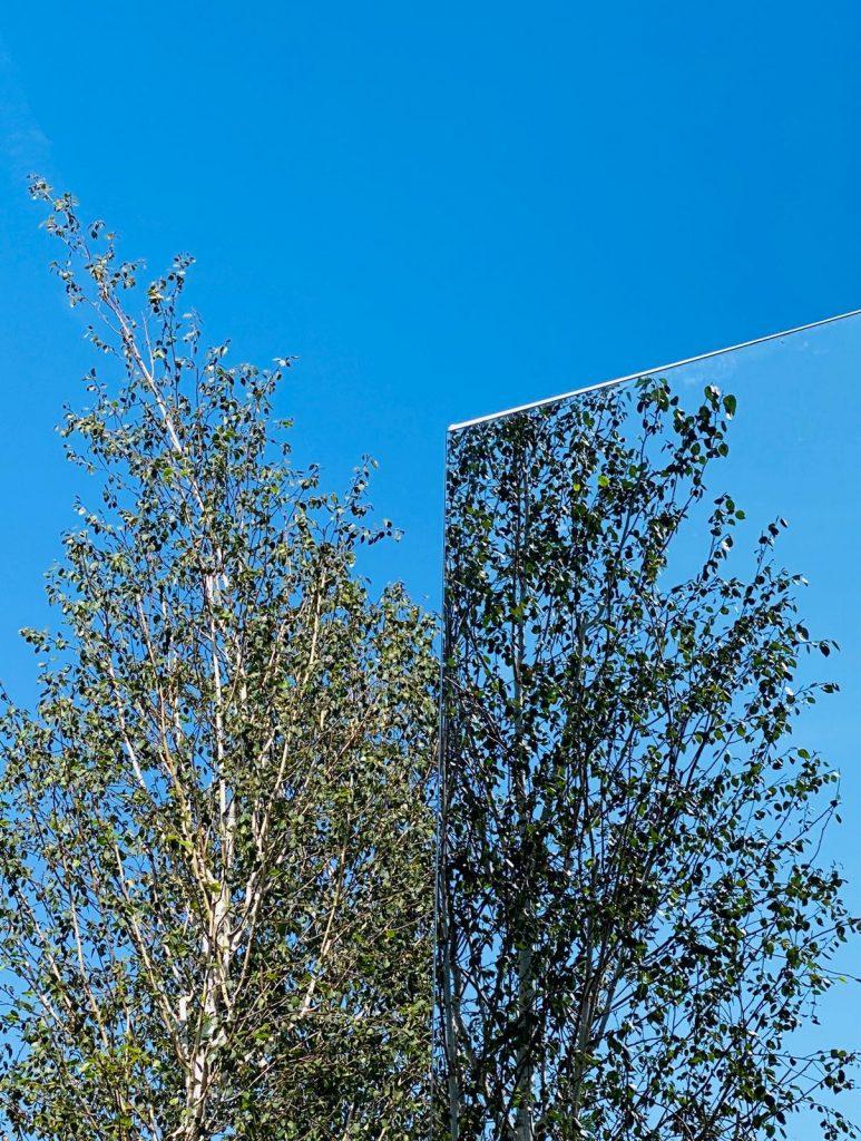 fachada espejo